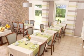 Restaurant_Pension-Schaefer_03