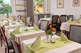 Restaurant_Pension-Schaefer_09